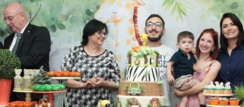 A ministra Damares e a primeira-dama parabenizaram a iniciativa. (Reprodução/Facebook/Damares Alves)