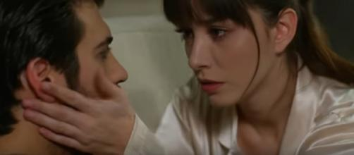 Dolunay, trame episodi 71-72: la cuoca chiede a Ferit perché non va d'accordo con la madre