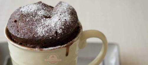 """Haz un """"mug cake"""" de chocolate de forma fácil"""