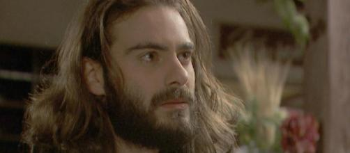 Il Segreto, puntate 9-13 settembre: Isaac si ferisce perso nei suoi pensieri