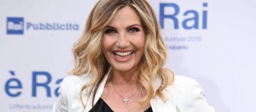 Lorella Cuccarini, la nuova conduttrice de La vita in diretta