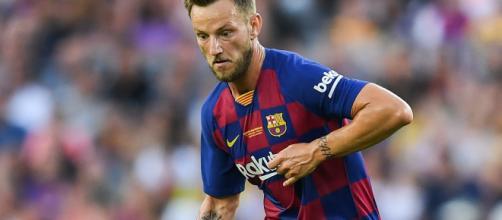 Rakitic-Emre Can: il Barcellona avrebbe rifiutato di aggiungere un conguaglio economico allo scambio.