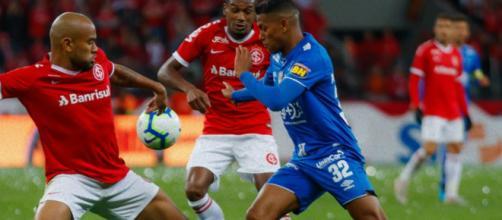 Thiago Neves não esconde insatisfação com mudanças de Ceni. (Reprodução/Twitter/@Cruzeiro)