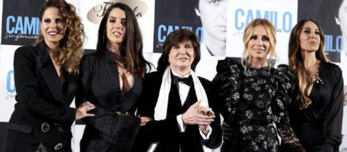 Pastora Soler, Ruth Lorenzo, Marta Sánchez y Mónica Naranjo acompañan a Camilo Sesto en noviembre de 2018. / CARLOS R. ÁLVAREZ