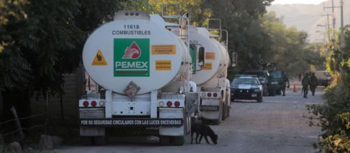 El robo de gasolinas sigue creciendo en los oleoductos de Pemex.