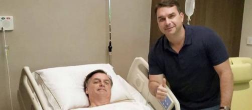 Flávio Bolsonaro, filho do presidente, acompanha a recuperação do pai. (Reprodução/Twitter/@flaviobolsonaro