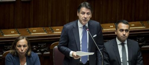 Giuseppe Conte interrotto dai deputati della Lega