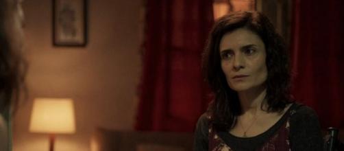 """Arieta Corrêa como a Leila em cena de """"Amor de Mãe"""". (Reprodução/TV Globo)"""