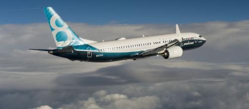 Boeing 737 Max, spuntano le mail dei dipendenti: 'Aereo progettato da clown'.
