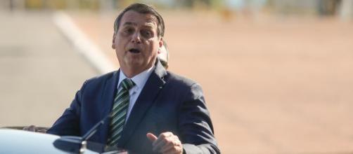Bolsonaro comenta decisão de Toffoli nas redes sociais. (Arquivo Blasting News)