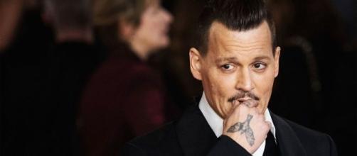 Johnny Depp ospite della prima puntata di C'è posta per te