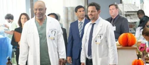 Krista Vernoff smentisce l'arrivo di un nuovo spinoff di Grey's Anatomy ambientato al Pac-North.