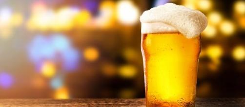Policia investiga cervejaria após suspeita de contaminação por dietilenoglicol. (Arquivo Blasting News)