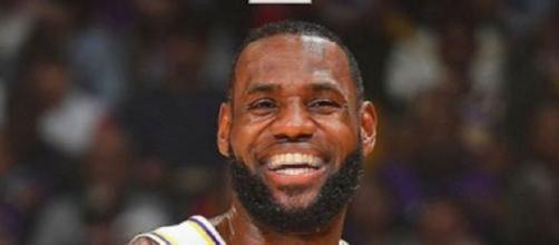 LeBron James continue sa marche en avant (Crédit : Twitter NBA)