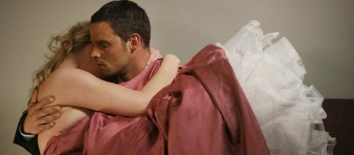 TvLine ha stilato la lista dei 10 momenti più significativi di Alex Karev: al primo posto la scena con Izzie della 2x27 di Grey's Anatomy
