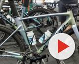 Ciclismo, Bora e Deceuninck iniziano la stagione con una bici in alluminio