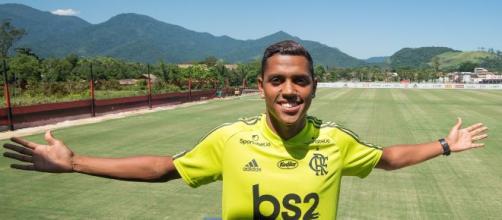 Capixaba Pedro Rocha treina pela primeira vez no Flamengo. (Arquivo Blasting News)