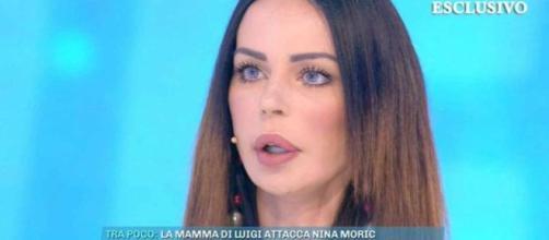 Nina Moric, la sua verità a Domenica Live: 'Luigi Favoloso mi picchiava, non è scomparso: mi sta minacciando'.