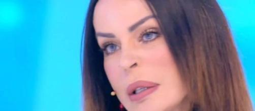 Nina Moric ospite di Domenica Live.
