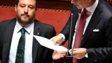 Salvini su Twitter: 'Conte sta incollato alla poltrona per paura di perdere le elezioni'