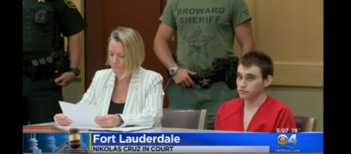 [CBS Miami/Youtube screencap] Nikolas Cruz in court in Fort Lauderale, FL. (Image via hgnews/youtube)