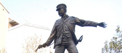 """El monumento a los """"Heroes de Baler""""ya se muestra en el centro de Madrid"""