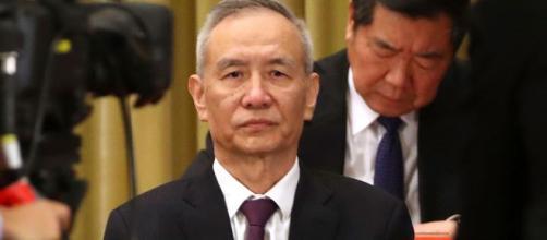 El primer vice ministro chino, Lui He, intervino en el acuerdo parcial anunciado el pasado 13 de diciembre. - infobae.com