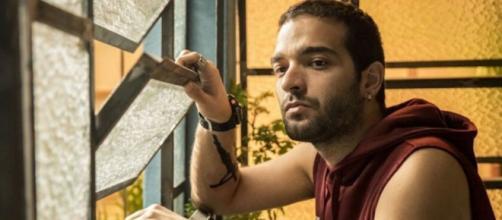 Sandro reconhecerá Vinicius depois de ativista invadir jantar da PWA. (Divulgação/TV Globo)