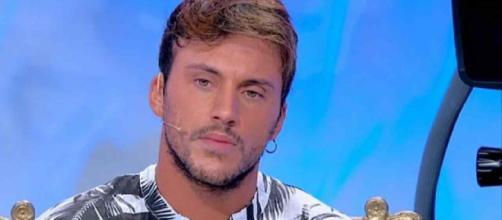 Uomini e Donne: Giulio Raselli sceglierà tra Giovanna e Giulia lunedì 20 gennaio