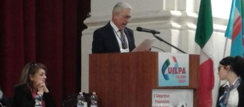 Alfonso Farruggia in sede di congresso Uilpa Sicilia