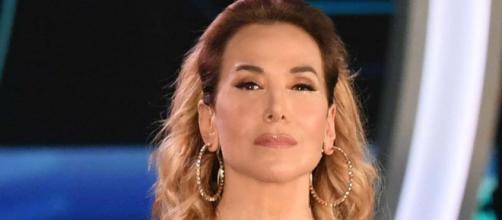 Barbara D'Urso: 'Luigi Favoloso si è fatto vivo e sta bene, è all'estero e smentisce Nina Moric'.