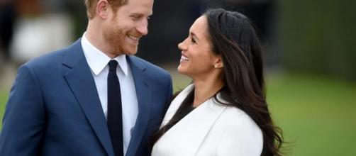 Harry e Meghan: la regina ha accettato il 'divorzio' dai Windsor, ma il loro brand potrebbe entrare in conflitto con la monarchia.