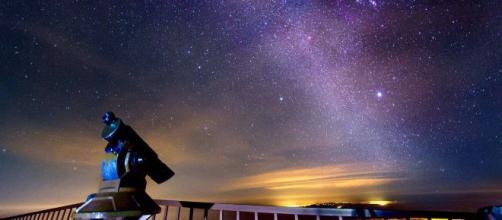 L'oroscopo del 17 gennaio: venerdì emozionante per il Sagittario, umore top per l'Acquario
