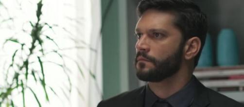 Diogo vai se dar muito mal ao se recusar dar mais dinheiro a Pessanha. (Reprodução/TV Globo)