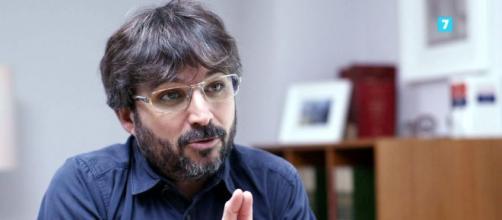 Jordi Évole al frente de 'Salvados' - zeleb.es