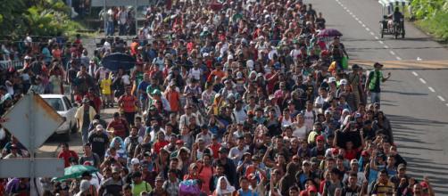 Nueva caravana de migrantes 2020 partió desde Honduras. - publico.es