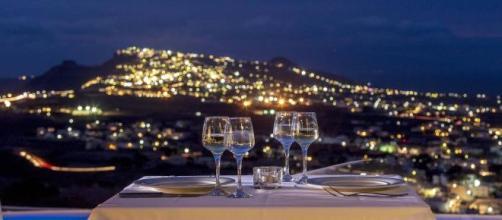 Carpe Diem, Santorini (Image credit: JVPhr/Flickr)