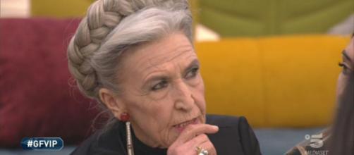 Grande Fratello Vip, Barbara Alberti su Pasquale: 'Farà male alle donne, ha la faccia da assassino'