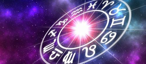 Previsioni oroscopo per la giornata di sabato 18 gennaio 2020