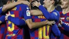 El F.C. Barcelona tira la toalla y sus jugadores no tendrán que aprender catalán