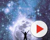 L'oroscopo di domani 19 gennaio e classifica: serata passionale per Pesci, Cancro ispirato