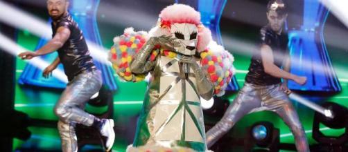 Il cantante mascherato seconda eliminazione.