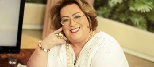 Mamma Bruschetta surge com cabeça raspada em tratamento contra o câncer. (Arquivo Blasting News)