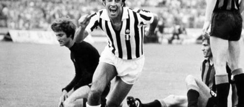 Pietro Anastasi con la maglia della Juventus