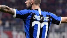 Inter, tegola per Conte: Brozovic lascia lo stadio di Lecce in stampelle