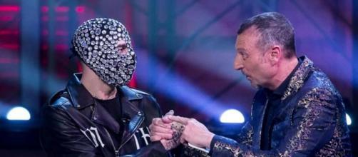 Sanremo: Amadeus e Junior Cally accusati di misoginia