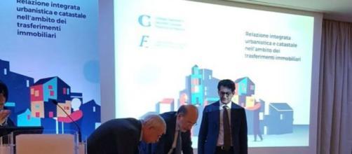 Palermo, firma dell'accordo tra geometri e notai nel 2018