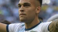 Lautaro sarebbe nel mirino di Manchester United e City ma lui glissa: 'Felice all'Inter'