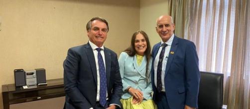 'Estamos noivando', diz Regina Duarte sobre convite para assumir secretaria no governo. (Arquivo Blasting News)