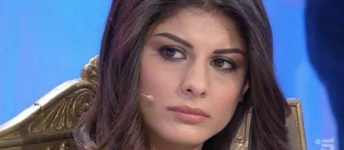 Giulia Cavaglià, ex Uomini e Donne, stronca i nuovi tronisti: 'Carlo maschilista, Sara maleducata'.